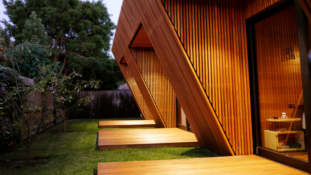 Sustainable renovation Melbourne – Blackbutt Timber Cladding, flooring, battens, decking