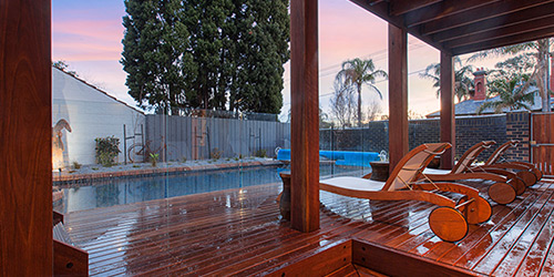 1-14-spotted-gum-decking-timber-revival-melbourne-installation-recycled-2
