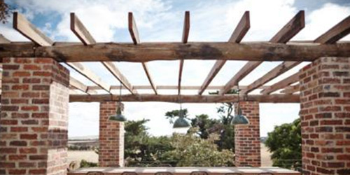 posts-beams-recycled-reclaimed-outdoor-salvaged-landscape-landscaping-melbourne-victoria-bespoke-custom
