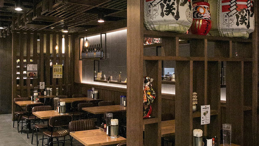 shujinko ramen restaurant bar cafe flinders melbourne design fit out construction architect timber vic ash ceiling roof feature